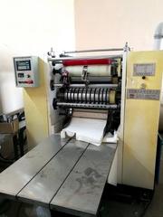 Оборудование для производства бумажных полотенец Z-сложения.